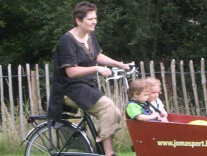 La bicicleta una alternativa 'familiar'