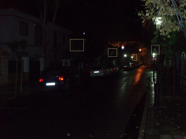 Calle Daoiz insufcientemente iluminada (Albacete)