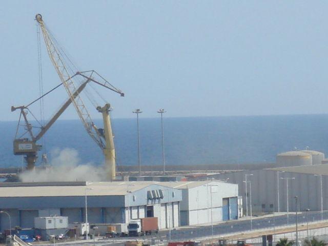 Contaminación en el Puerto de Alicante 16 marzo 2009