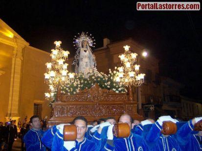 IMAGEN DE LA SOLEDAD POR LAS CALLES DE LAS TORRES DE COTILLAS