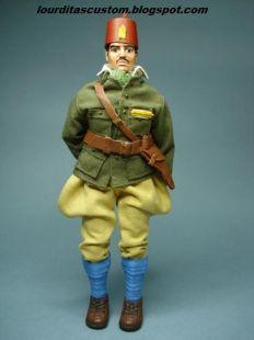 Madelman custom Sargento de la división 105 en uniforme de campaña de las Tropas Regulares de Marruecos