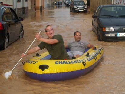 En barca por las calles de San Pedro del Pinatar