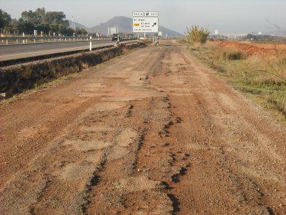 Caminos de servicio de la autov�a La Manga