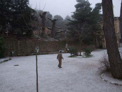 Nieva en la Font Rotja!
