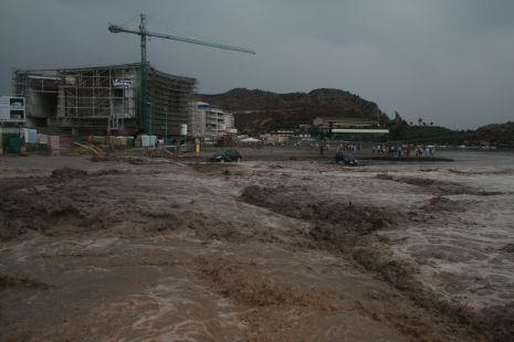 Rambla de �guilas. Playa de las Delicias.
