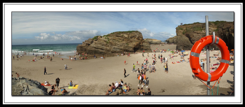 playa de las catedrales verano