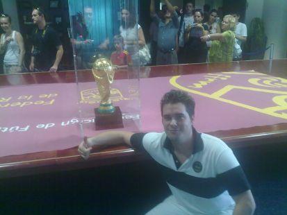 Pepe con la Copa