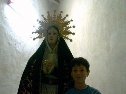 Pedro Pablo con la Patrona de Blanca (Virgen de los Dolores)