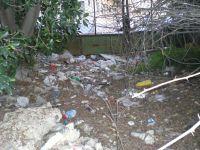 Basura y escombros en Espinardo