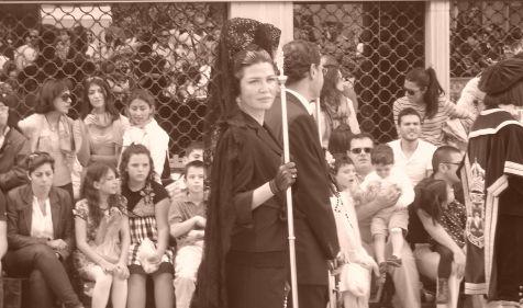 Penitencia detr�s de La V�rgen