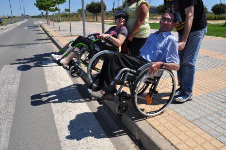 Acceso a la v�a verde si aparcas en el Mandarache y vas en silla de ruedas