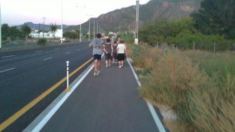 Carril bici de la Costera Sur invadido por peatones