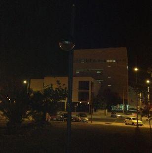 Farola apagada desde hace meses en La Uni�n
