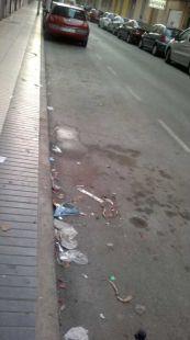 Suciedad permanente en calle Cartagena de Indias