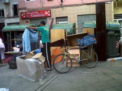 Basuras en el (castizo) barrio de San Antol�n
