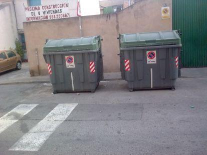 Faltan contenedores para pl�stico y papel en Zarandona