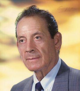 97 a�os. �Felicidades, querido Ram�n Angel Climent Pintado!, ex-director de la Academia Climent. De parte de su familia y amigos