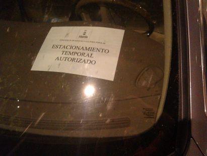 �Estacionamiento temporal autorizado?